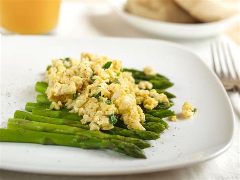cuisiner des asperges fraiches asperges recettes avec des asperges vertes ou blanches