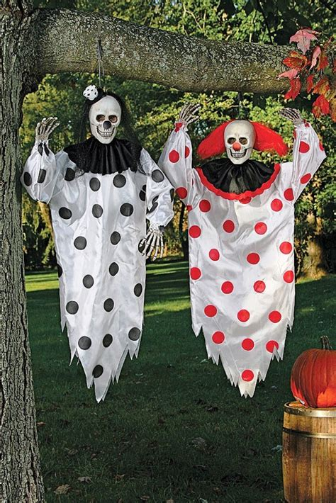 creepy clown decorations amazing 15 scary halloween decorations ideas in 2016 happy halloween day