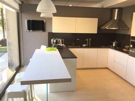 Pavimenti In Legno Per Cucina by Pavimento Cucina Moderna Cucina Moderna E Legno