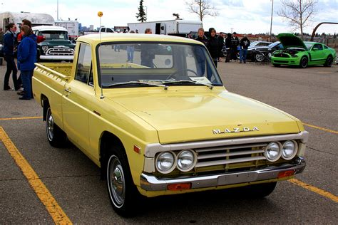 Ford Courier Mazda B1800