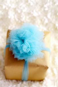 DIY Tulle Gift Bow Tutorial The Gracious Wife