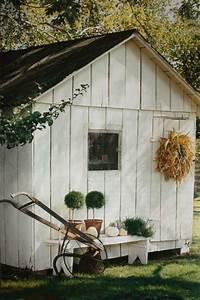 Rever De Jardin : le cabanon de jardin en 46 photos choisir son style pr f r ~ Carolinahurricanesstore.com Idées de Décoration