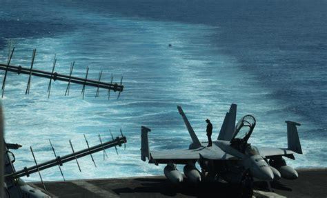 Portaerei Americane by Armi Laser Droni E F 35 Ecco Il Futuro Delle Portaerei