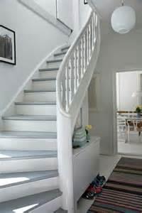 wohnideen flur mit treppe 2 die 25 besten ideen zu treppe streichen auf malerei treppe gestrichene treppen und