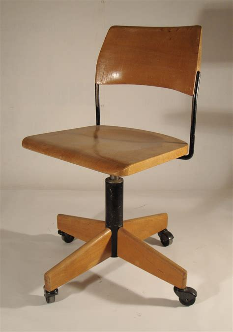 repeindre une chaise de bureau en bois vernis fenrez gt sammlung design zeichnungen als