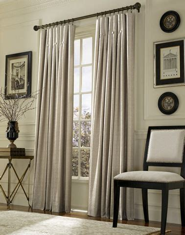 White Drapes In Living Room by Best 25 Ivory Living Room Ideas On With