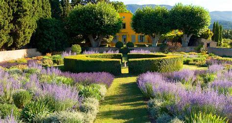 jardin 224 la fran 231 aise du pavillon de galon 224 cucuron