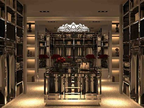 walk in closet organization with luxury design and