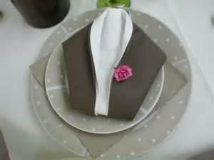 pliage serviettes mariage les 25 meilleures idées de la catégorie pliage serviette mariage sur idées de