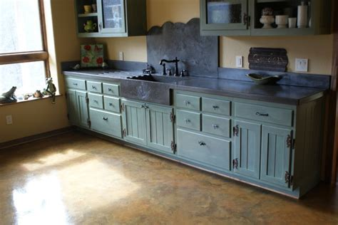 Garden Sink   Eclectic   Kitchen   Charlotte   by BDWG