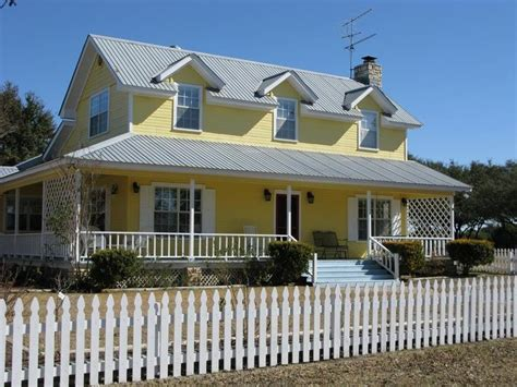 House With White Shutters by White Shutters Yellow House Of Like White Shutters