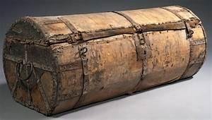 Malle En Bois : rare malle de voyage armature de bois peau et cerclage de ~ Melissatoandfro.com Idées de Décoration