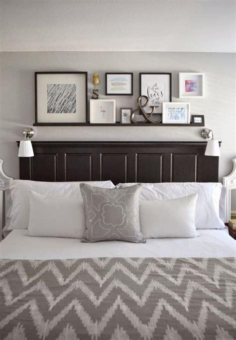 Bedroom Shelf by Best 25 Floating Shelves Bedroom Ideas On