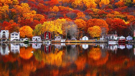 Autumn Colors Reflected In Housatonic River Hd Wallpaper