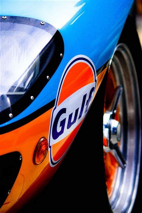 gulf racing colors gulf racing ford gt40 motor racing history pinterest