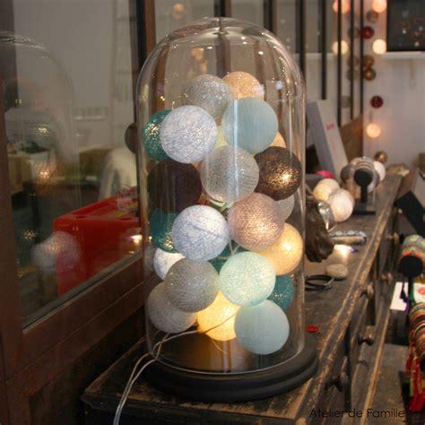 spot sous meuble cuisine guirlande lumineuse 20 boules en coton longueur 5m bleu gris