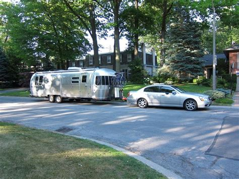 airstream 2013 serenity 30 who needs a tow truck love seeing sedans and station wagons
