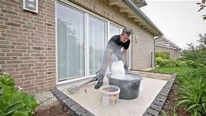 Terrassenplatten Verfugen Wasserundurchlässig : keramische terrassenplatten sicher und dauerhaft verfugen mit tubag pfk youtube ~ Orissabook.com Haus und Dekorationen