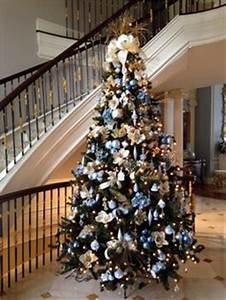 Gold cream and champagne themed Christmas Tree works