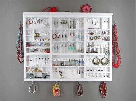 miroir chambre design le porte bijoux mural une déco pratique et