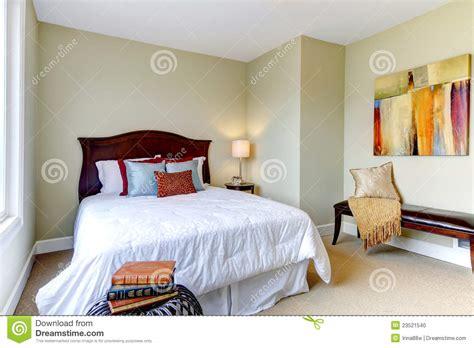 chambre a coucher blanche chambre a coucher grise et blanche