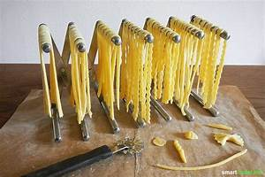 Holz Schnell Trocknen : pasta ohne nudelmaschine selbermachen minimalistisch einfach und kreativ ~ Frokenaadalensverden.com Haus und Dekorationen
