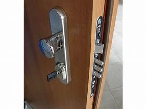 Výměna zámku bezpečnostní dveře