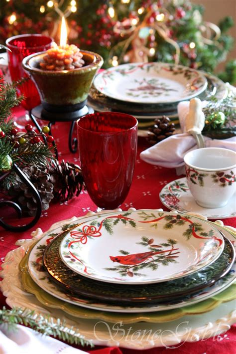 christmas dinnerware table dishes tablescape tableware brunch china woodland plates holiday dinner cardinal tablescapes cardinals source sets setting noel wedding