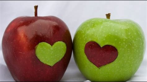 Manzana verde o roja? - Green or red apple? - YouTube