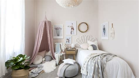 small bedroom ideas 22 ways to enhance your