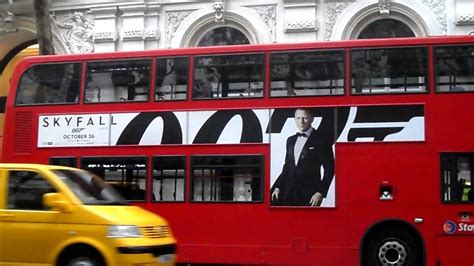 HD POV 007 JAMES BOND SKYFALL AD ON RED DOUBLE DECKER ...