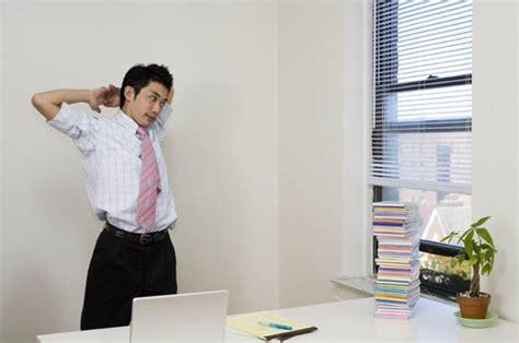 burn calories at your desk no sweat burn calories at your desk daily