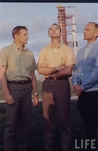 NASA. ASTRONAUTS on Pinterest | Neil Armstrong, Astronauts ...