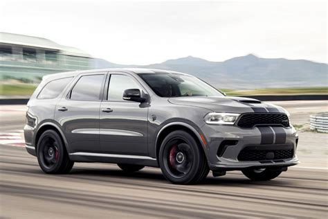 At long last, the dodge durango srt has arrived and to get a feel for the. Dodge Durango nu ook als SRT Hellcat! - AutoWeek.nl