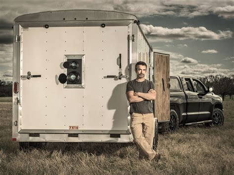 photographer converted  box trailer   giant mobile