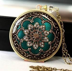 Miroir Ancien Pas Cher : le miroir de poche id es en photos pour un cadeau de no l ~ Melissatoandfro.com Idées de Décoration
