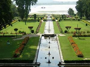 Top Ten Places in Kashmir, Best Tourist Place in India ...