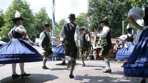 brauchtum bayerische tradition brauchtum kultur
