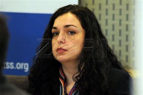 Temel çalışmalarını priştine üniversitesi (arnavutça: Vjosa Osmani: Gjermanët na treguan se Mogherini po e ...
