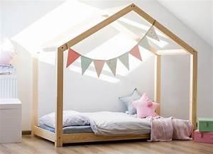Lit Montessori Cabane : lit cabane maison halma mobilier enfant lit en bois ~ Melissatoandfro.com Idées de Décoration