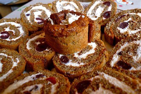 Rupjmaizes biskvīta rulete, vai torte | Kristas un viņas ...