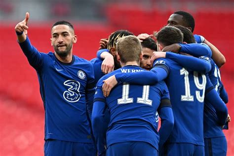 Man City's hopes of winning quadruple over as Chelsea win ...
