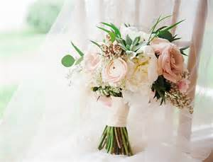 average cost for wedding flowers wedding flowers bouquets average cost of wedding flowers and centerpieces best wedding products