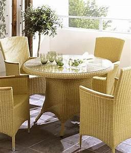 Polyrattan Tisch Rund : tisch lilian rund 110x75cm kunstfaser natur polyrattan gartentisch wohnbereiche esszimmer esstische ~ Orissabook.com Haus und Dekorationen