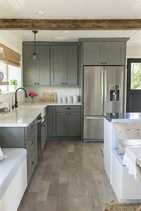 refaire cuisine en bois la cuisine grise plutôt oui ou plutôt non