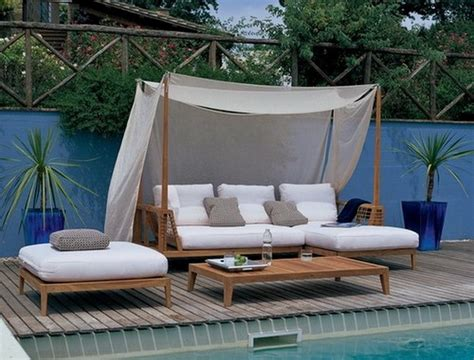 Outdoors Bed :  Romantic Outdoor Canopy Bed Furniture Design In