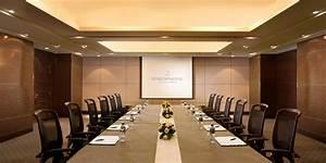 Meeting Rooms Furniture In Dubai  U0026 Across Uae Call 0566