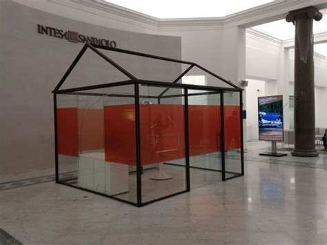 Filiale Intesa Intesa Sanpaolo Rinnova Una Storica Filiale Di Roma
