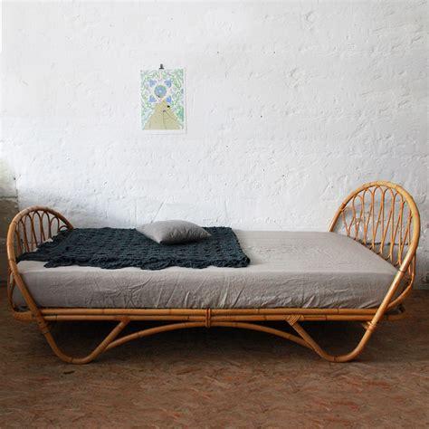 ides de tete de lit rotin blanc galerie dimages