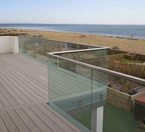 beautiful view    lived  close   beach vertigrain  ideal  raised